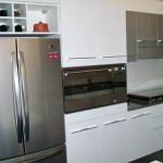 Particolare della colonna maxiforno e frigorifero libera installazione
