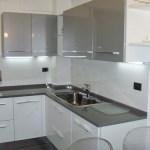 Cucina componibile ante metallizzate