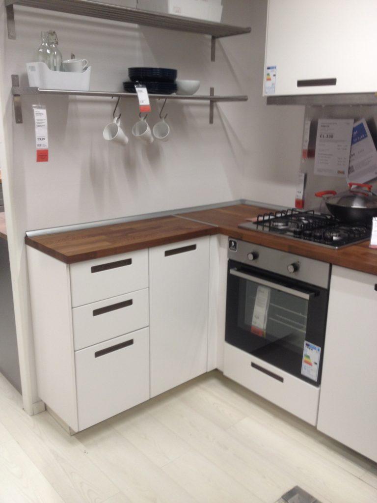 Vai da IKEA Catania per comprare una cucina? I 4 errori da ...