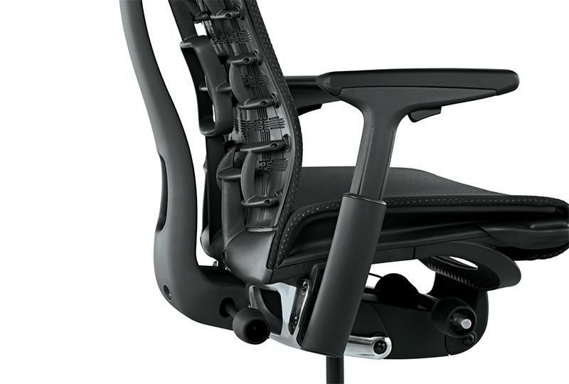 """Poltrona ufficio EMBODY di Herman Miller Usa, un particolare dello schienale con la tecnologia """"Pixelated Support"""""""