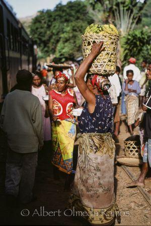 Vendedora de plátanos.jpg