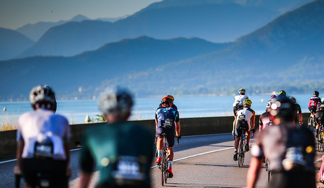 ¿Qué estrategia comercial es la mejor para captar inscritos a un evento deportivo?