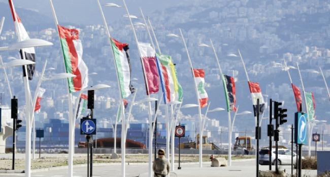 قمة بيروت العربية تبدأ بحضور رئيس دولة عربية واحدة