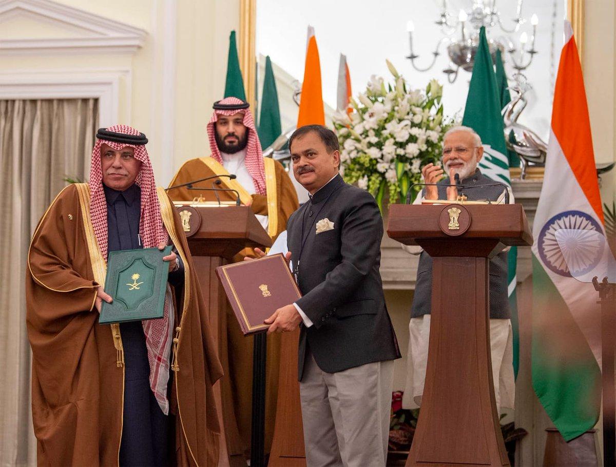 رئيس وزراء الهند وولي العهد يحضران توقيع 5 اتفاقيات ومذكرات تفاهم