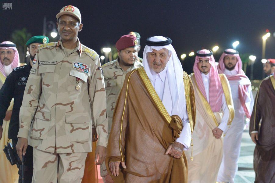 نائب رئيس المجلس الانتقالي السوداني يصل إلى جدة