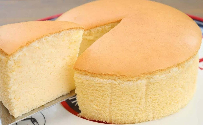طريقة عمل الكيكة الإسفنجية العادية