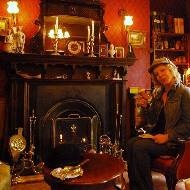 Sherlock's Parlor