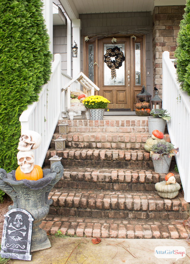 spooky-outdoor-halloween-decorations-6