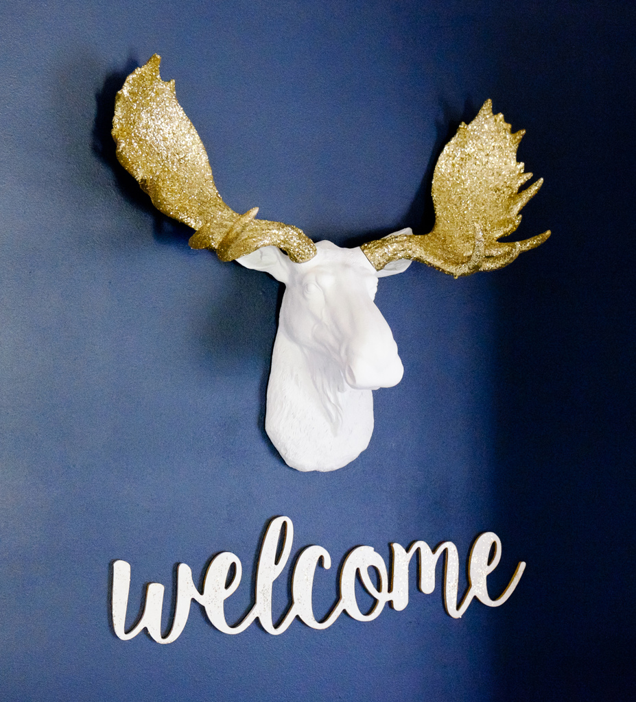 White and Gold Welcome Sign