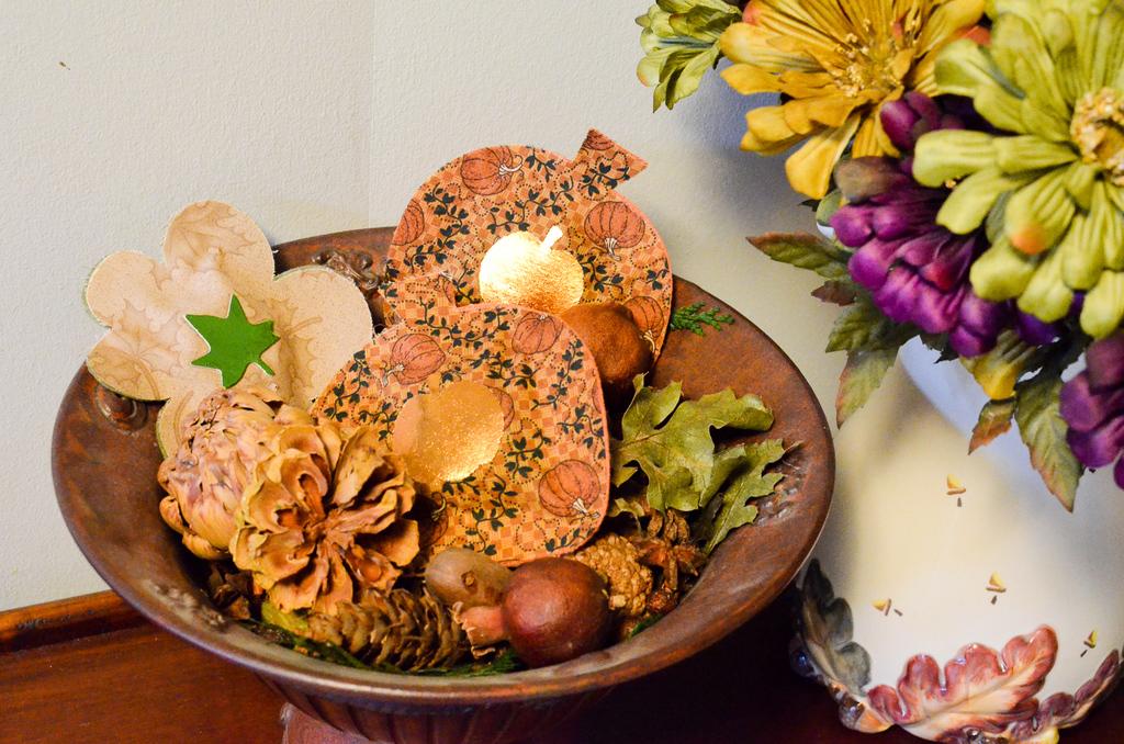 Clove Pumpkin and Leaf Pouches