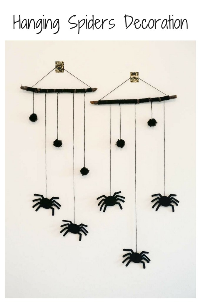 Hanging Spiders Decoration