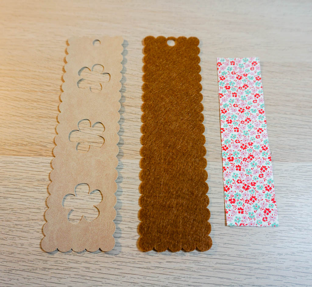Peekaboo Flower Bookmark