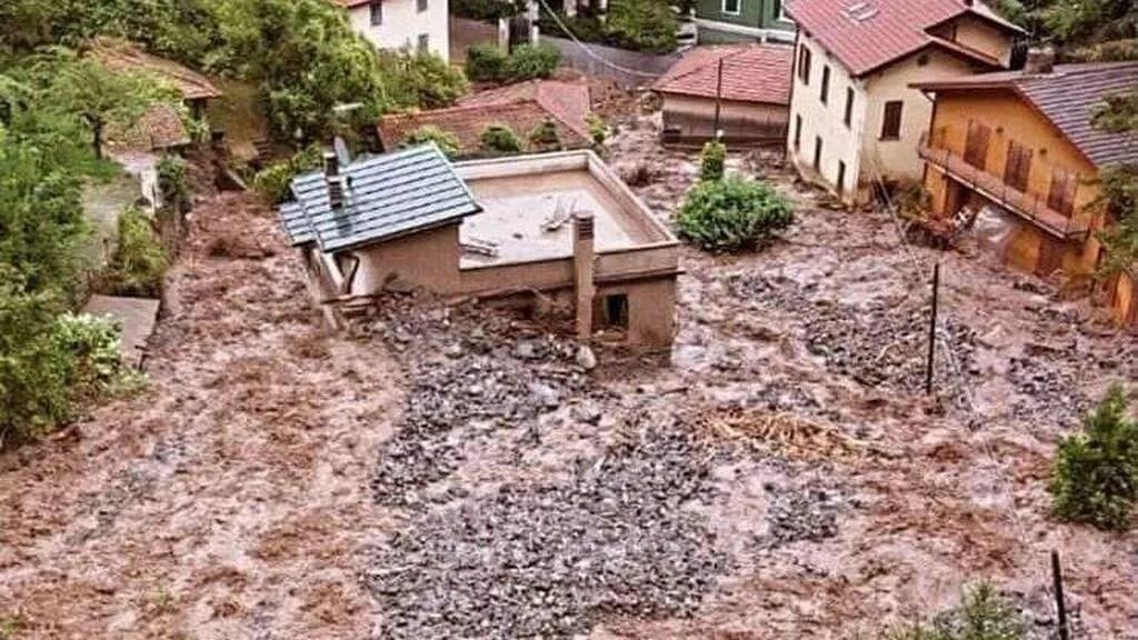 Deslizamientos de tierra e inundaciones en el norte de Italia