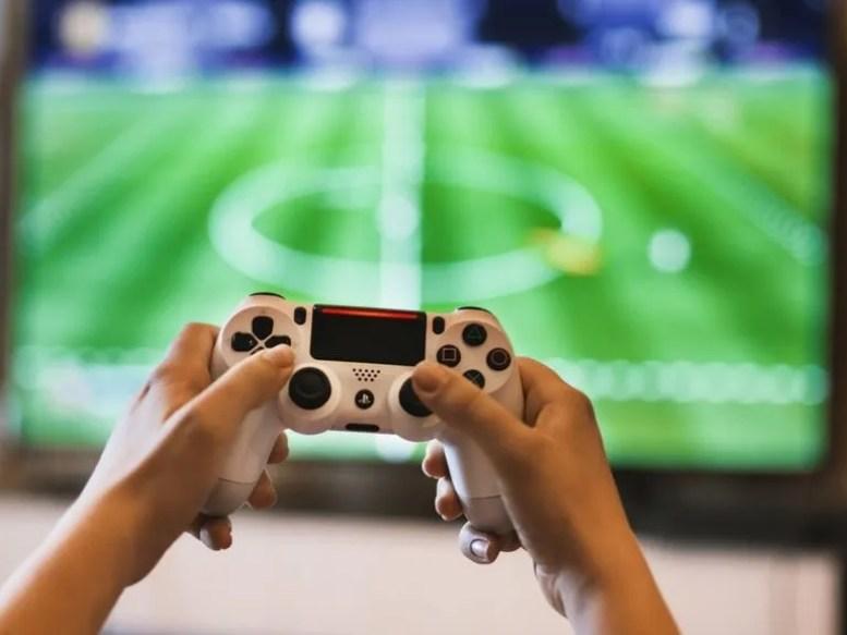 Enganchado a los videojuegos a los 50 - Uppers