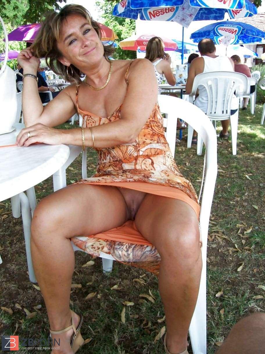 Accidental Nude Women