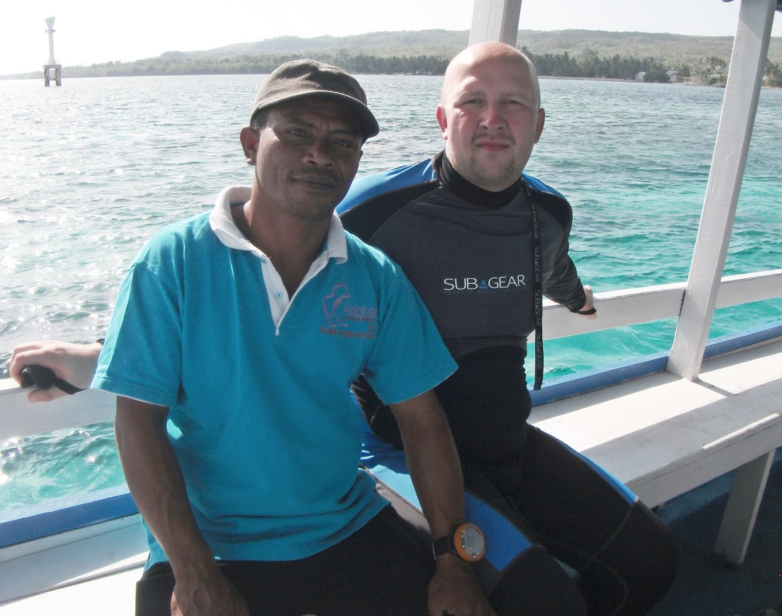dr Yudi Tomia Dive Center