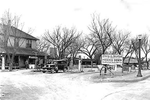 Photo North 4th Service Station c. 1930