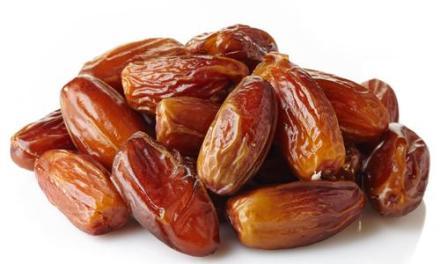 Les Dattes. Et pourquoi le prophète recommande d'en manger  3.5.7  le matin?