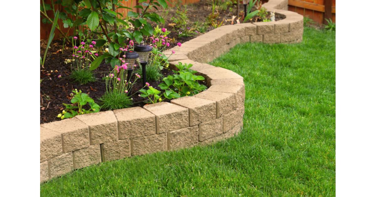 Artificial Grass Garden Ideas | Artificial Lawn Company on Patio And Grass Garden Ideas  id=70170