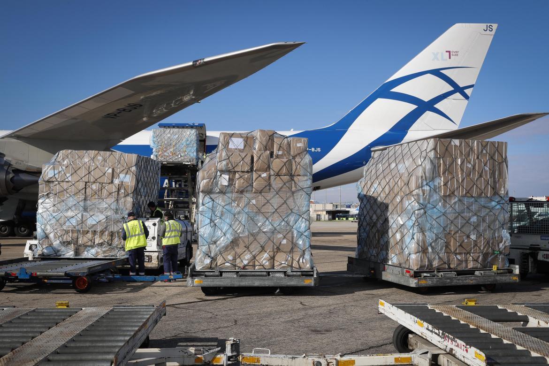 Madrid llega a las 1.000 toneladas de material sanitario ...