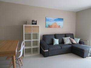 Sofá cama salón comedor Apartamentos Turísticos Alcañiz Flats II
