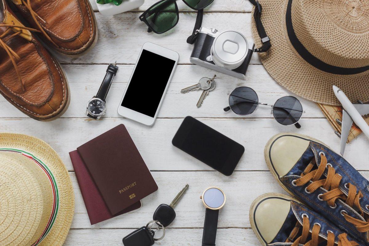 8 accesorios imprescindibles para salir de viaje