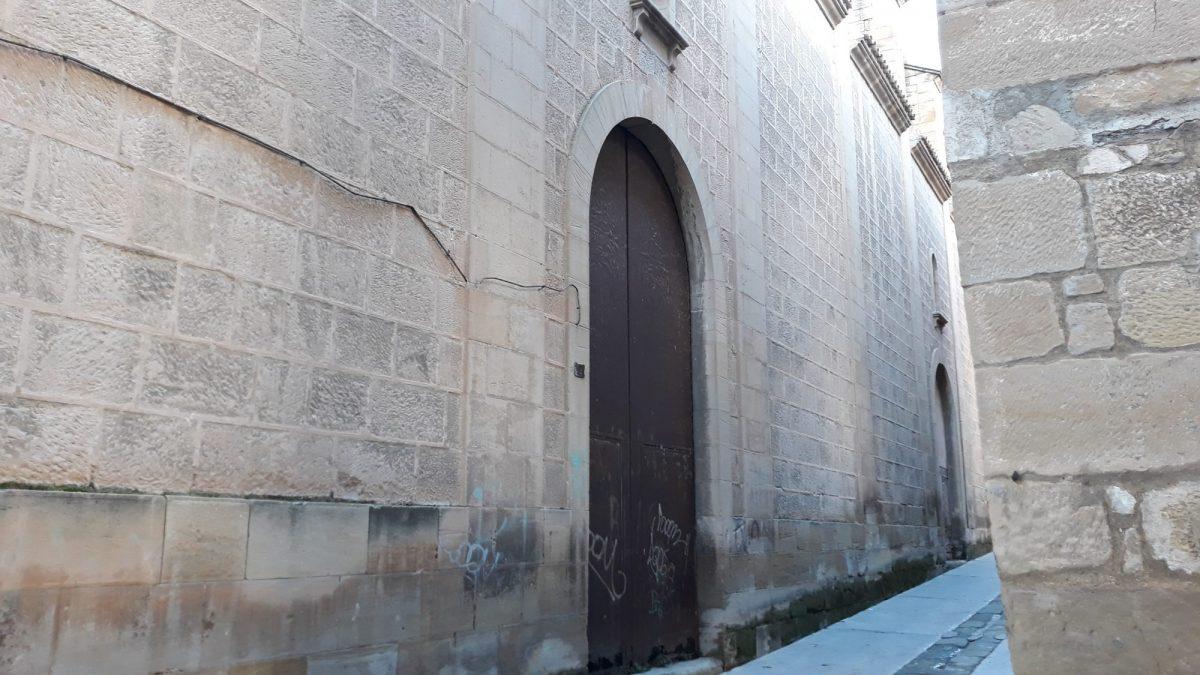 Alcañiz, antigua Iglesia de las Dominicas y Arco del Convento