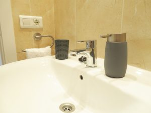Baño Apartamentos Turísticos Alcañiz Flats I