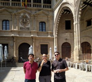Montse Thomson tu guía bajo Aragón