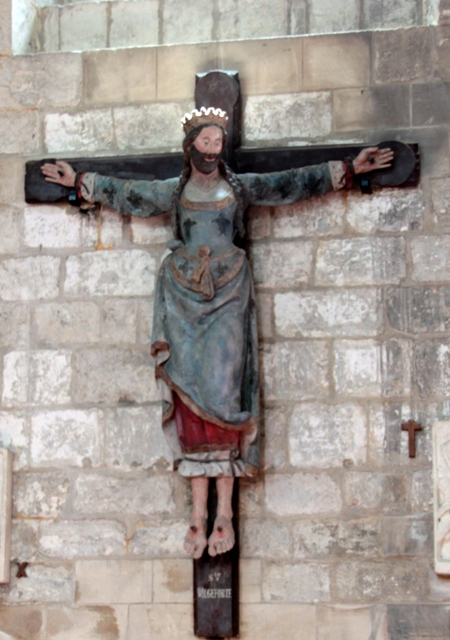 mujer barbuda crucificada. Iglesia de San'Etienne, Beauvais (Francia)