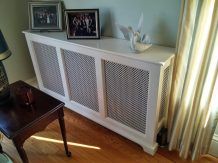 Painted radiator cover with metal grilles