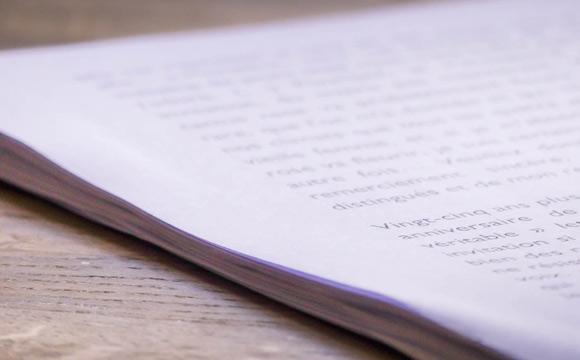 Une lettre d'accompagnement avec votre manuscrit