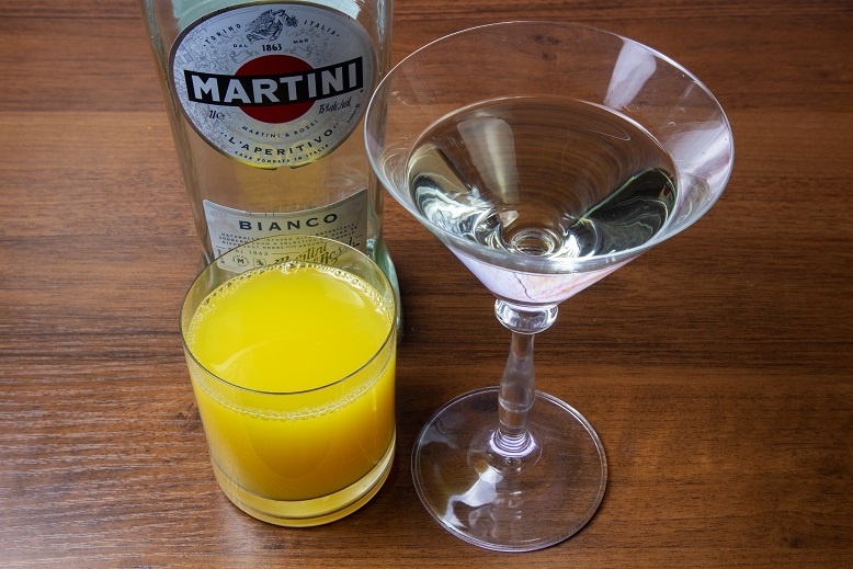 Con martini bianco cocktails Receta de