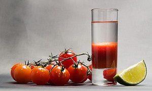 Vodka ja tomaattimehu