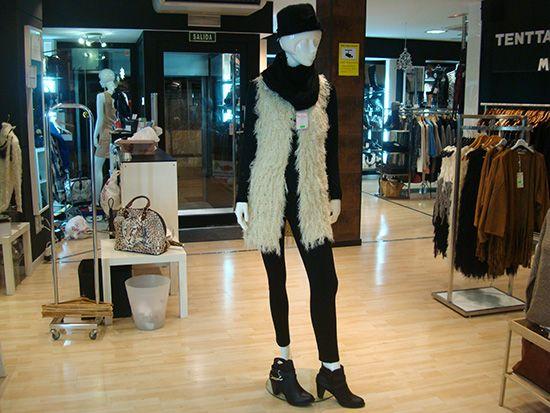 Pilar en C/Matadero 1 de Moda Tenttazion Alcorcón tiene este sorpresón para ti, las 6 piezas por solo 62 €