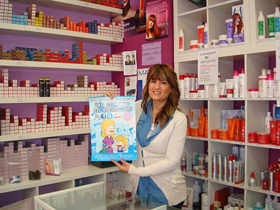 Almudena de Espejo Mágico Alcorcón en C/ Vicente Aleixandre 6 te hace arrancar una sonrisa con este descuento del 10% en aparatología.