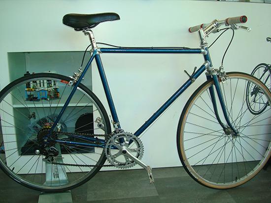 Ofertón!!! Bici urbana con manillar plano de 2ª mano ideal para paseo e ir a trabajar, de talla 55 por 130€