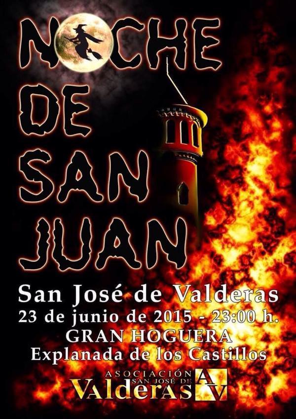 la gran fiesta del fuego de la Noche de San Juan en Alcorcón en la explanada de Los Castillos