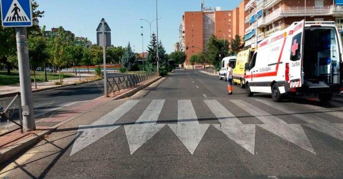 Identificado el dueño del vehículo que causó el atropello de una mujer de 52 años en la avenida alcalde José Aranda.