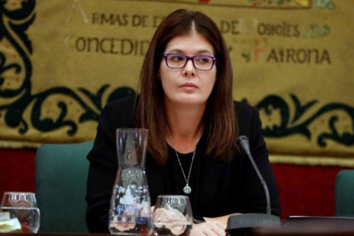 Noelia Posse primera Alcaldesa de Móstoles reprobada.