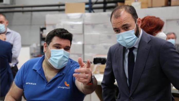 Afanias Alcorcón ha realizado 20.000 reguladores de aire contra el COVID19