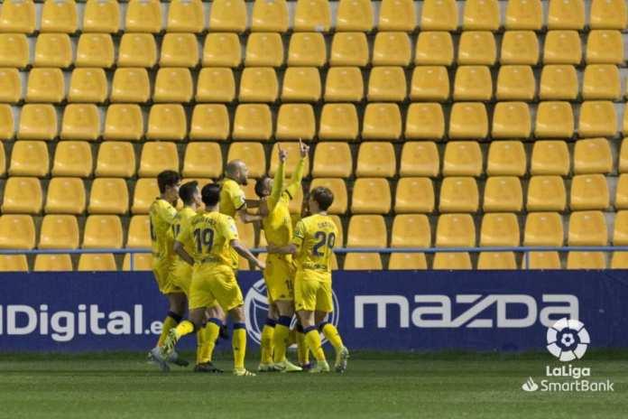Alcorcón 4-0 Mirandés/ Goleada del Alcorcón para salir del descenso