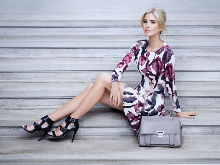 9-10_fall_campaign_look_02