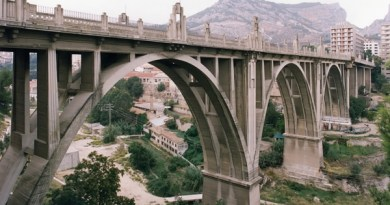 Councilman calls for safety study on the Sant Jordi Bridge