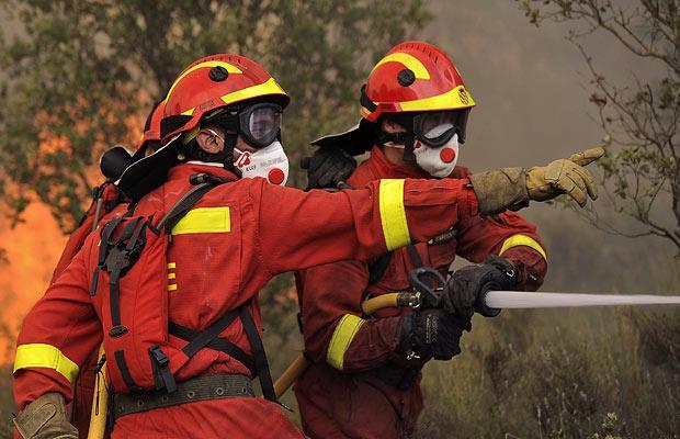 fire fighters strike Spain