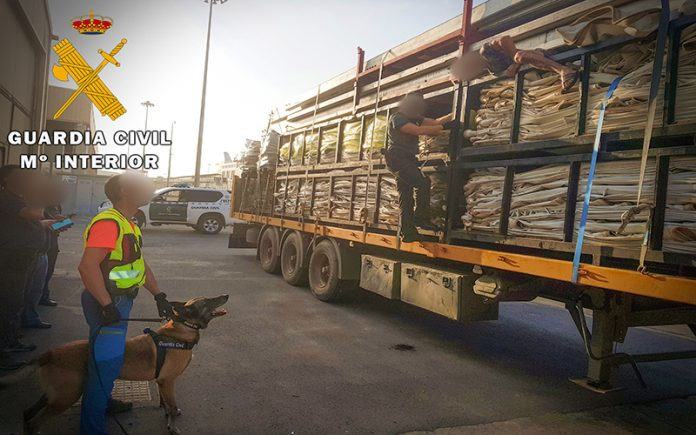 stowaways intercepted in Almeira