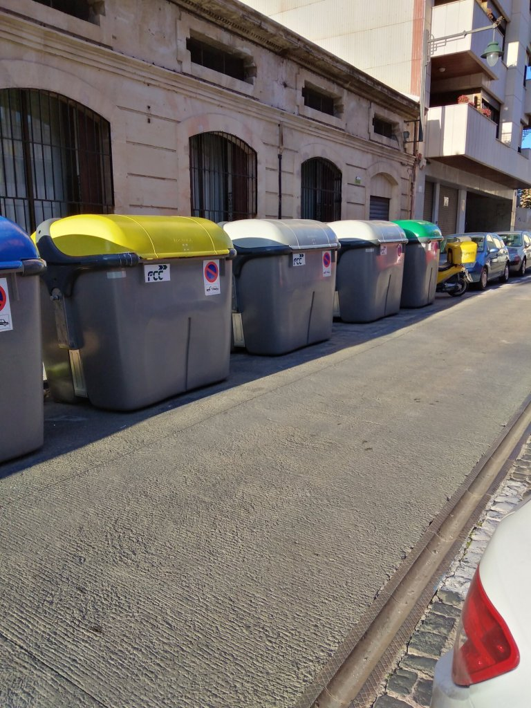 trash-bins-alcoy-spain