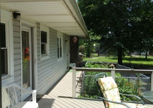 composite decking and 4' overhang