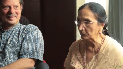 Mumbai: People and Body Movements