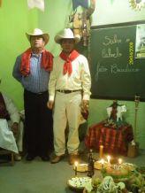 Sacerdote Irbs Santos (D) como Seu João  Boiadeiro_2009